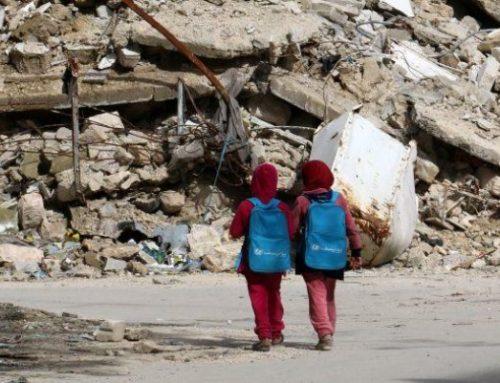 """""""TODO LO QUE QUIERO ES VOLVER A MI ESCUELA EN SIRIA"""". MÁS DE 2 MILLONES DE LOS REFUGIADOS SIRIOS SON NIÑOS."""
